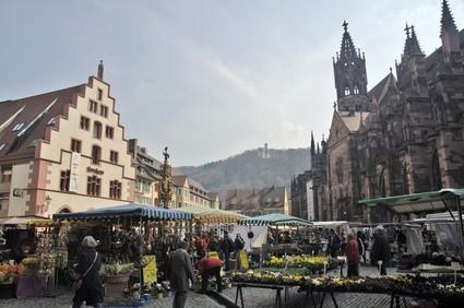 Freiburg marché au Münsterplatz