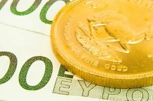 Negativ-Zins vermeiden: Vergleich Geldkonto zu Goldanlage